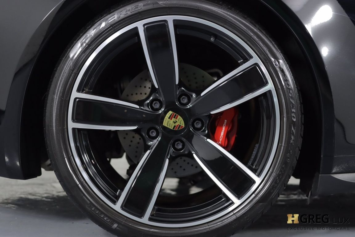 2019 Porsche 911 Carrera 4S #18