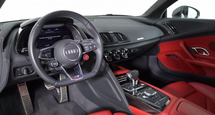 2018 Audi R8 Coupe V10 #1