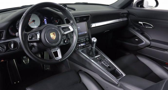 2017 Porsche 911 Carrera S #1