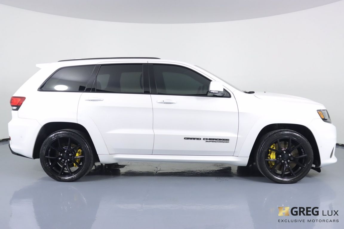 2018 Jeep Grand Cherokee Trackhawk #10