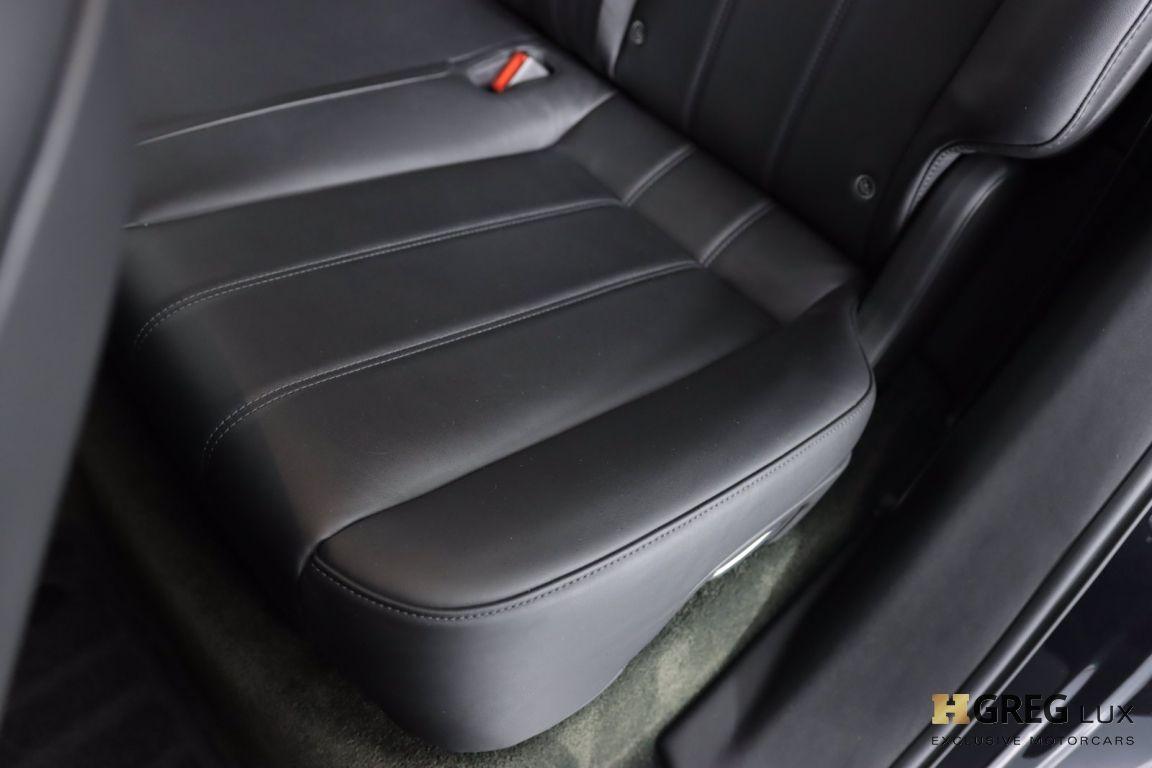 2019 Bentley Bentayga V8 #31
