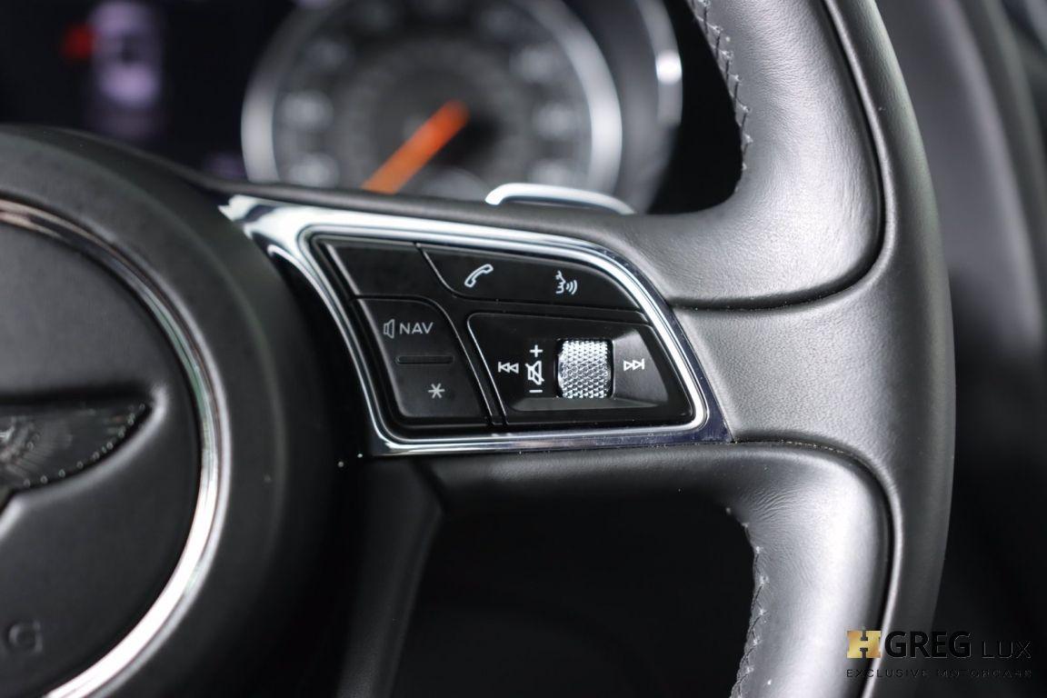 2019 Bentley Bentayga V8 #50