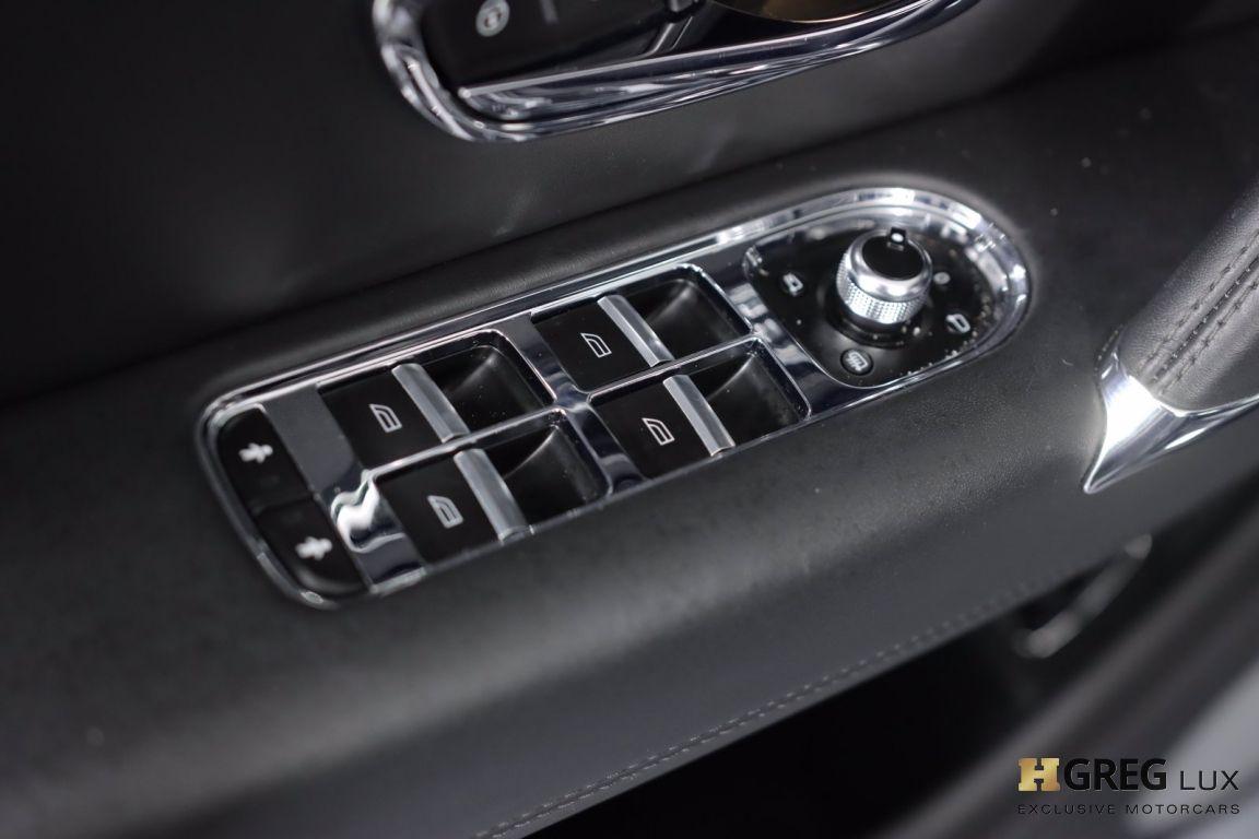 2019 Bentley Bentayga V8 #37