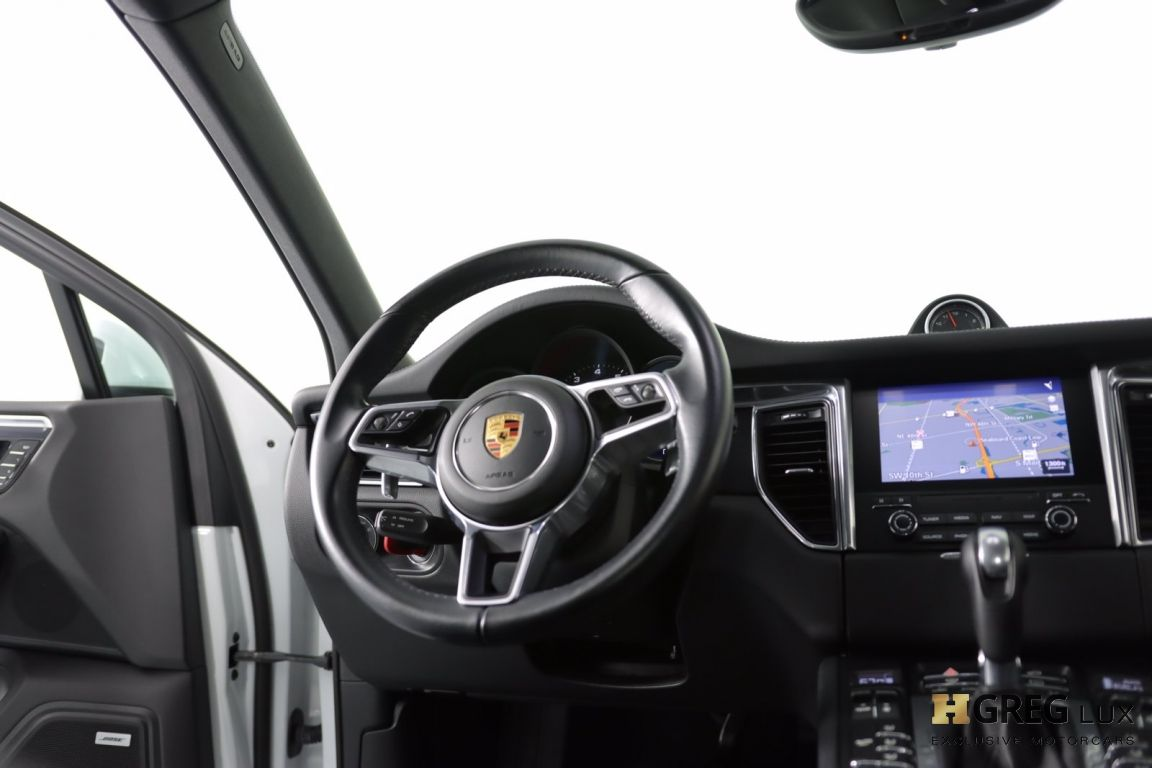 2017 Porsche Macan GTS #48
