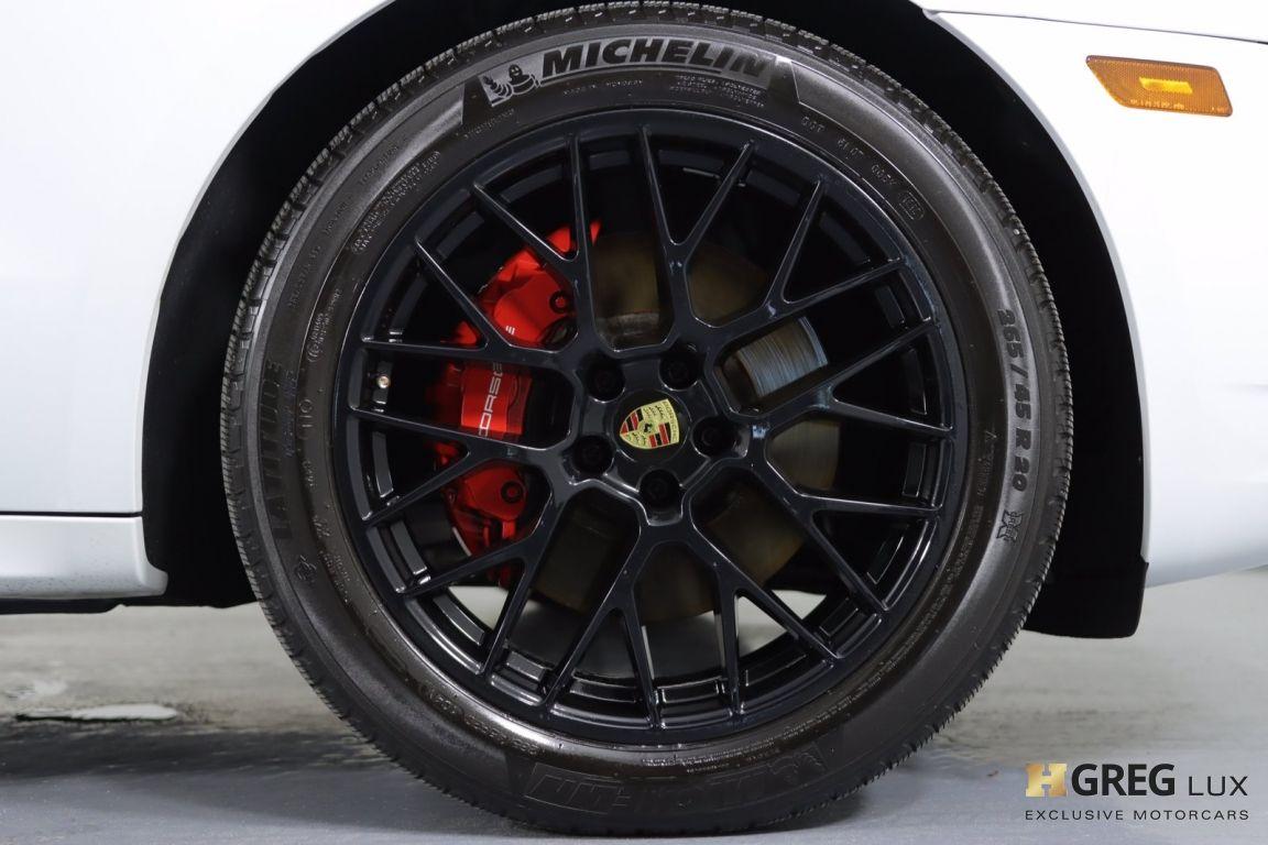 2017 Porsche Macan GTS #12