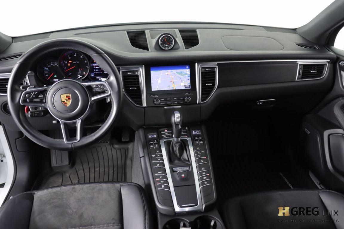 2017 Porsche Macan GTS #52