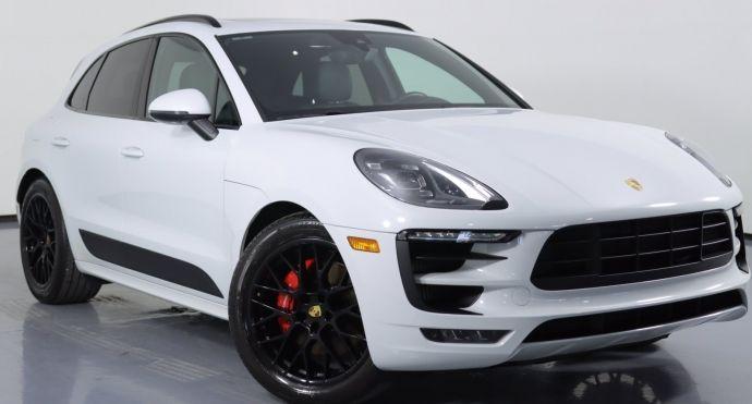 2017 Porsche Macan GTS #0