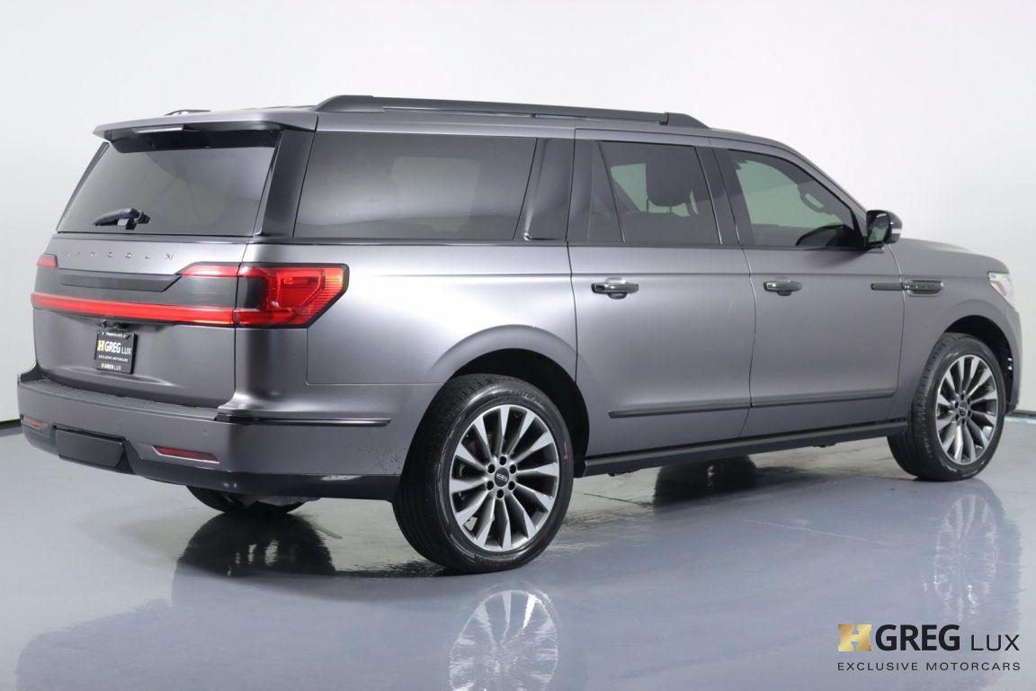 2019 Lincoln Navigator L Select #16