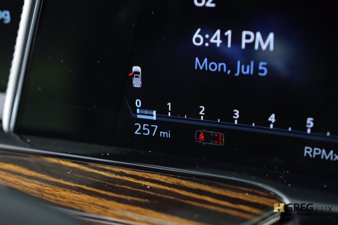 2021 Cadillac Escalade Premium Luxury #46