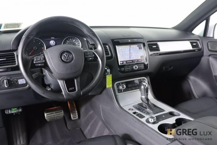 2014 Volkswagen Touareg Deisel R-Line #1