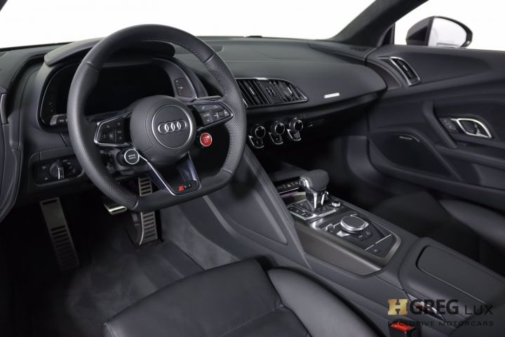 2020 Audi R8 Coupe V10 #1