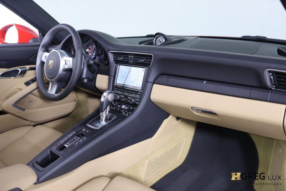 2016 Porsche 911 Targa 4 GTS #28