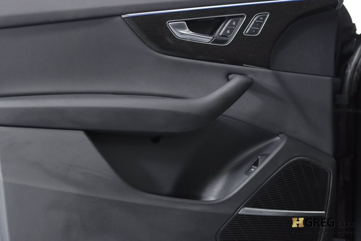 2021 Audi Q8 Prestige #37