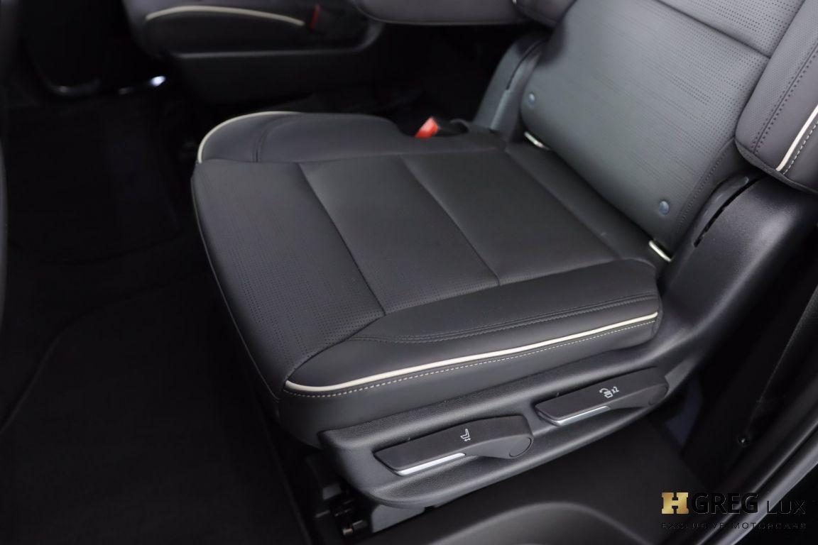 2021 Cadillac Escalade Premium Luxury #31