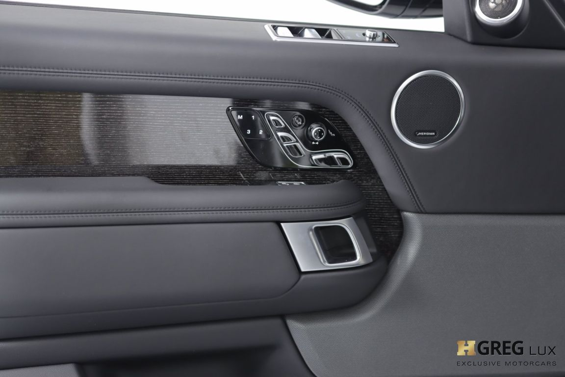 2019 Land Rover Range Rover Autobiography #36
