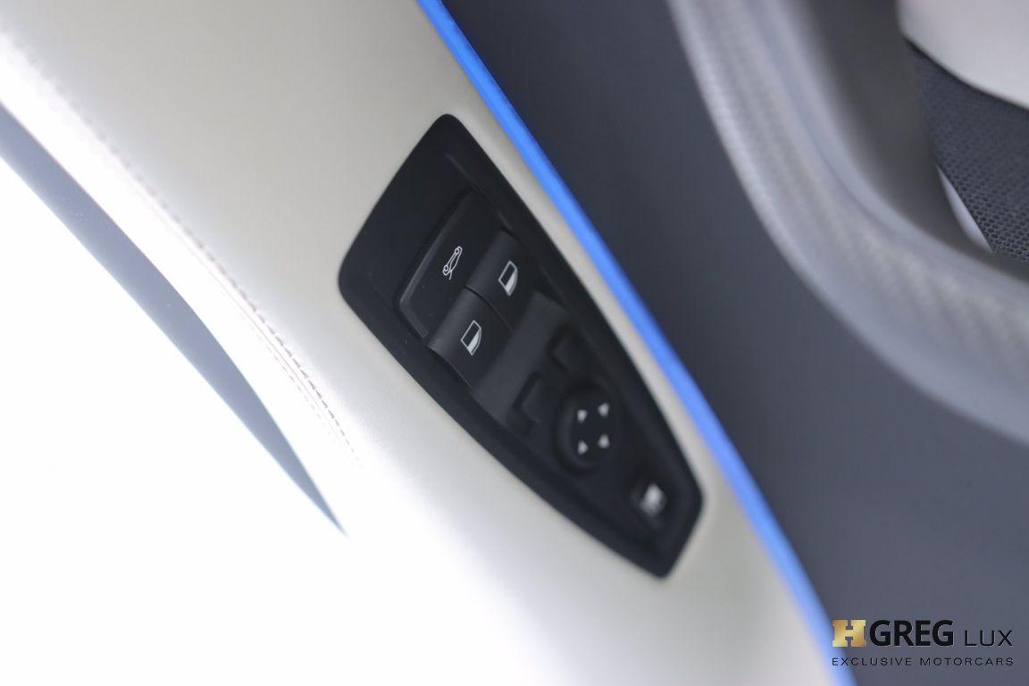 2019 BMW i8 Roadster #36