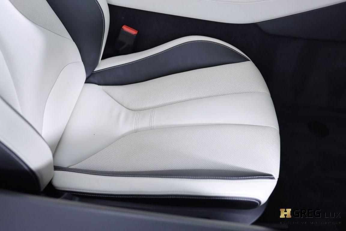 2019 BMW i8 Roadster #34