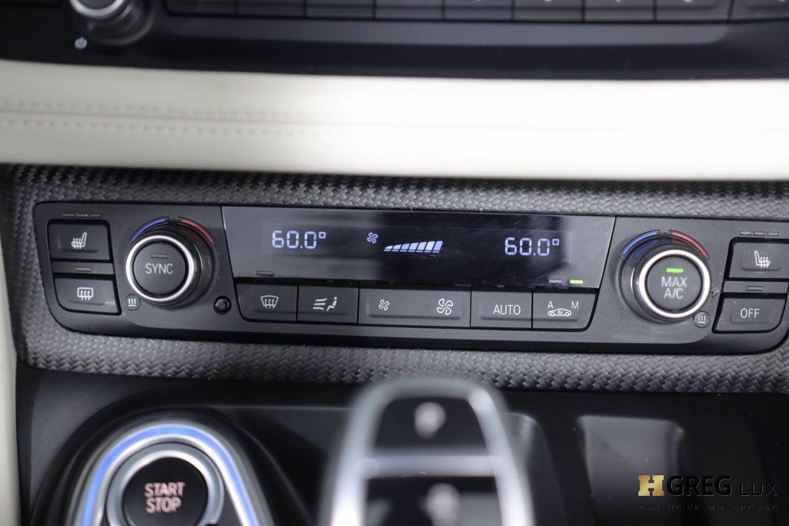 2019 BMW i8 Roadster #42