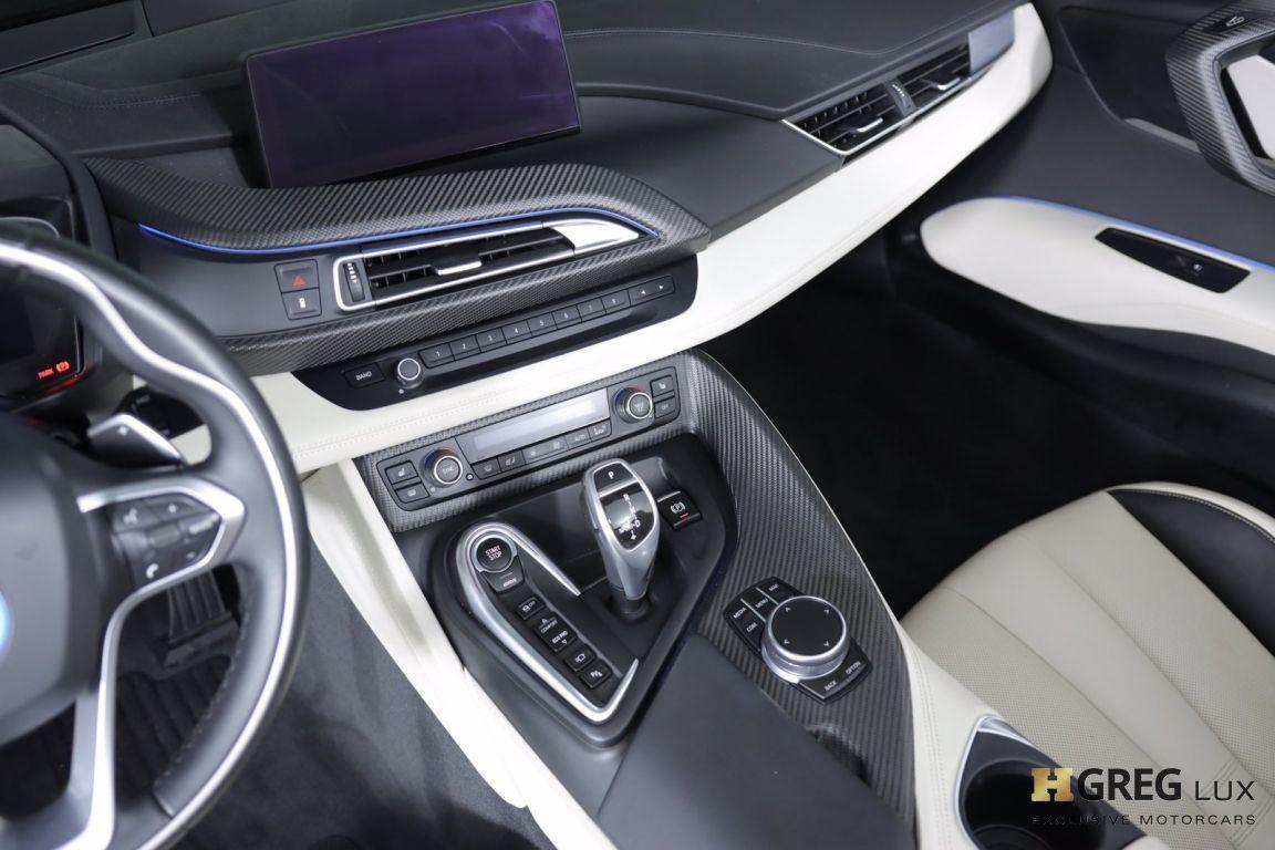 2019 BMW i8 Roadster #38