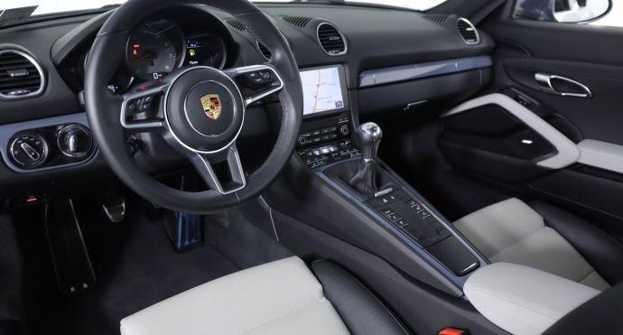 2018 Porsche 718 Cayman S #1
