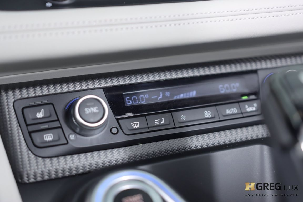 2019 BMW i8 Roadster #39