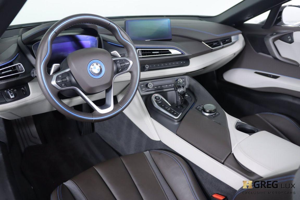 2019 BMW i8 Roadster #1
