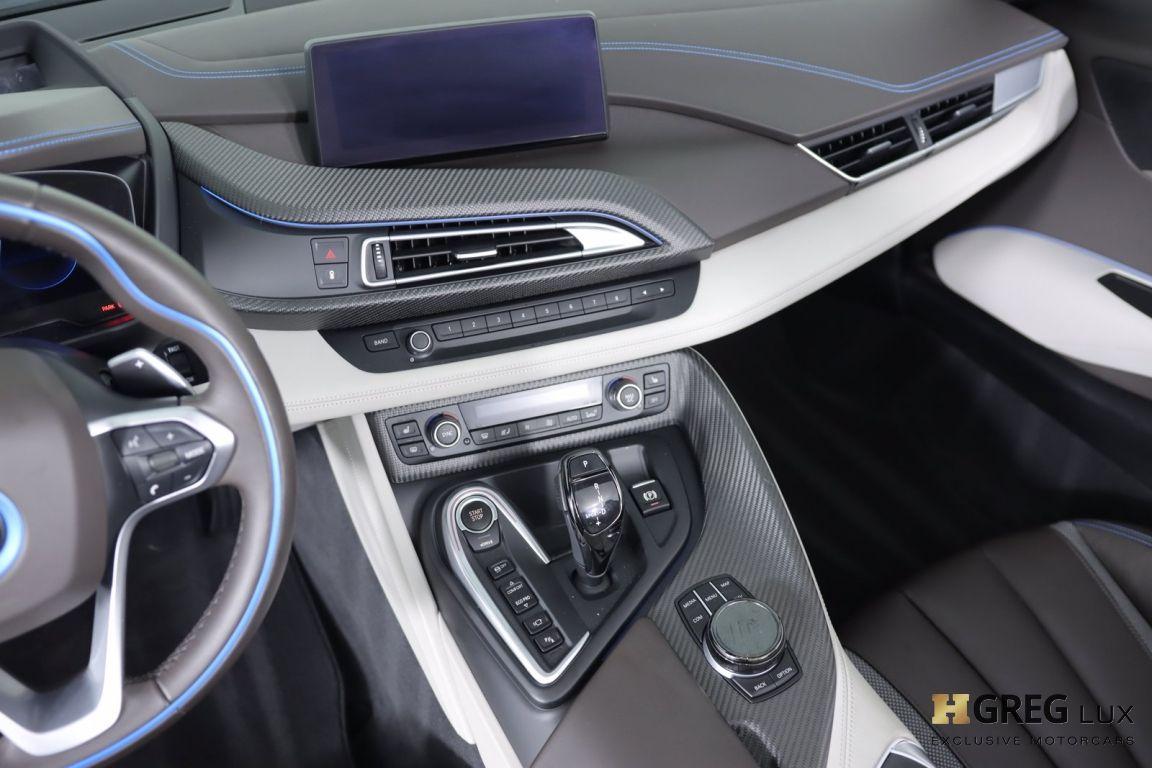 2019 BMW i8 Roadster #35
