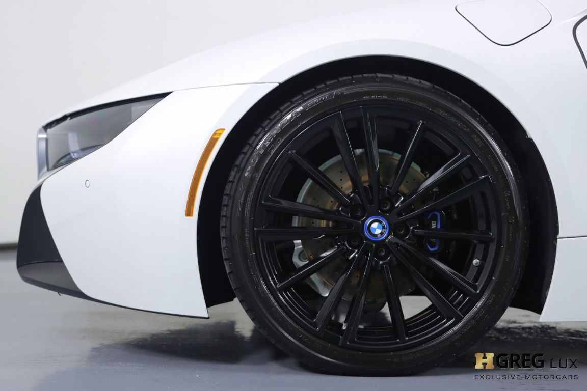 2019 BMW i8 Roadster #25
