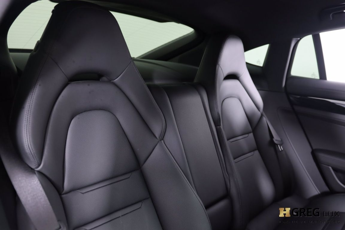 2020 Porsche Panamera 4 #34