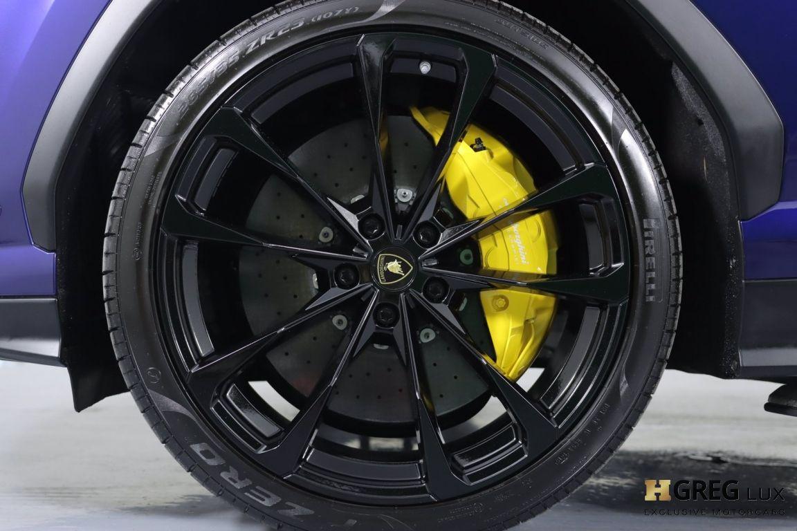 2019 Lamborghini Urus  #24