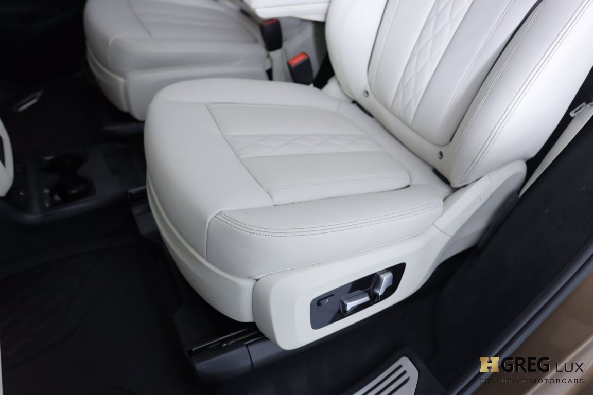 2019 BMW X7 xDrive50i #32