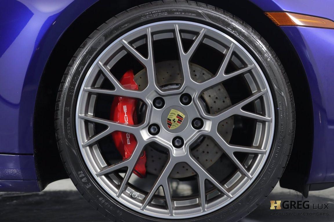 2020 Porsche 911 Carrera 4S #12