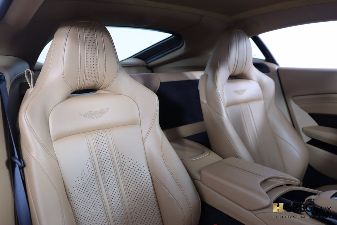 2020 Aston Martin Vantage  #30