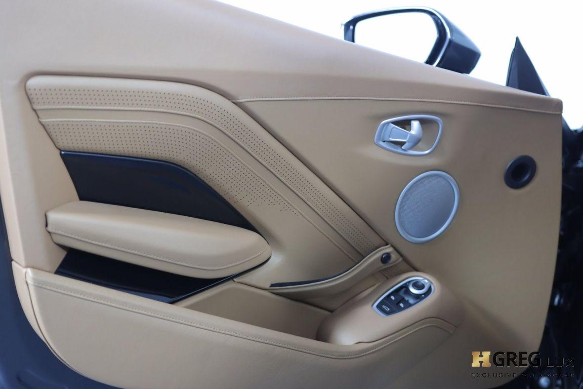 2020 Aston Martin Vantage  #32