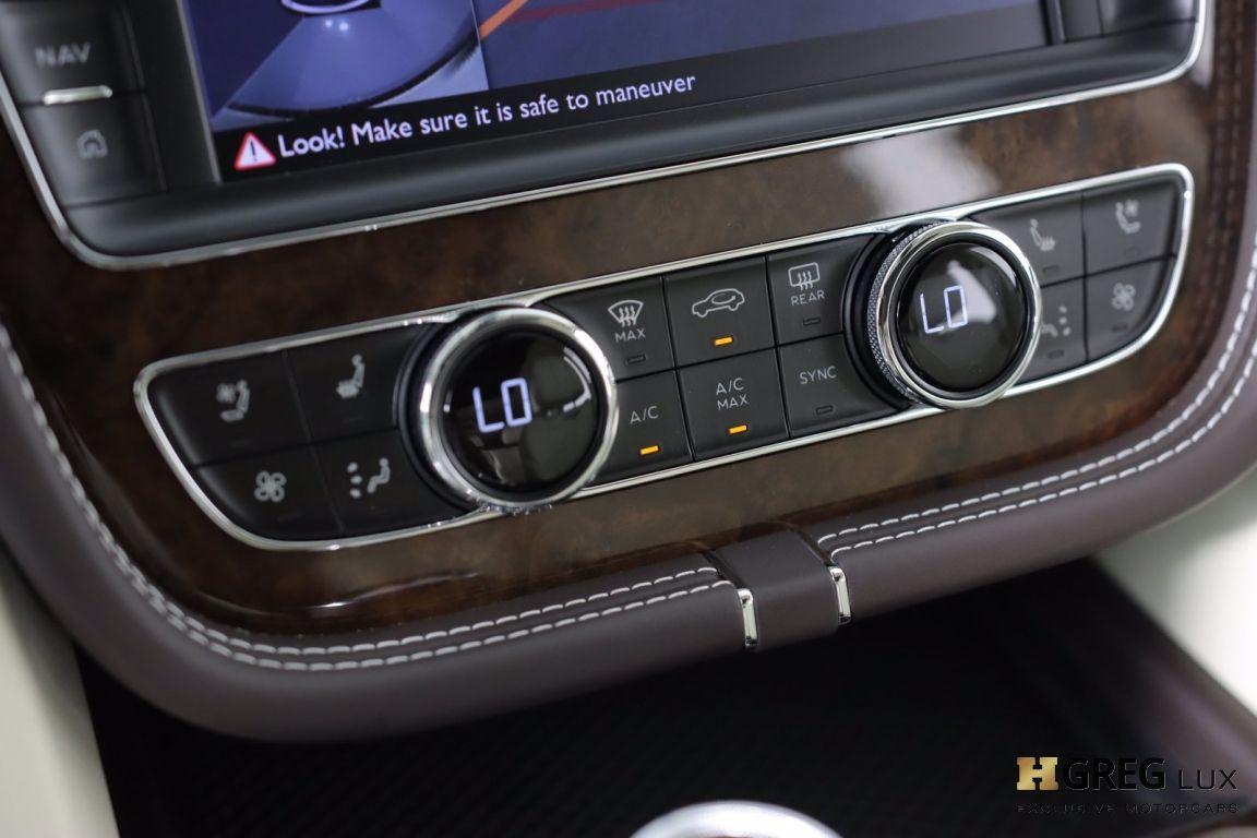 2020 Bentley Bentayga Hybrid #42