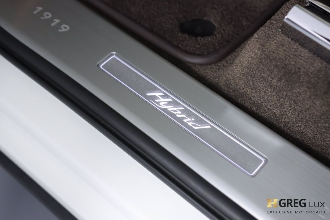 2020 Bentley Bentayga Hybrid #38