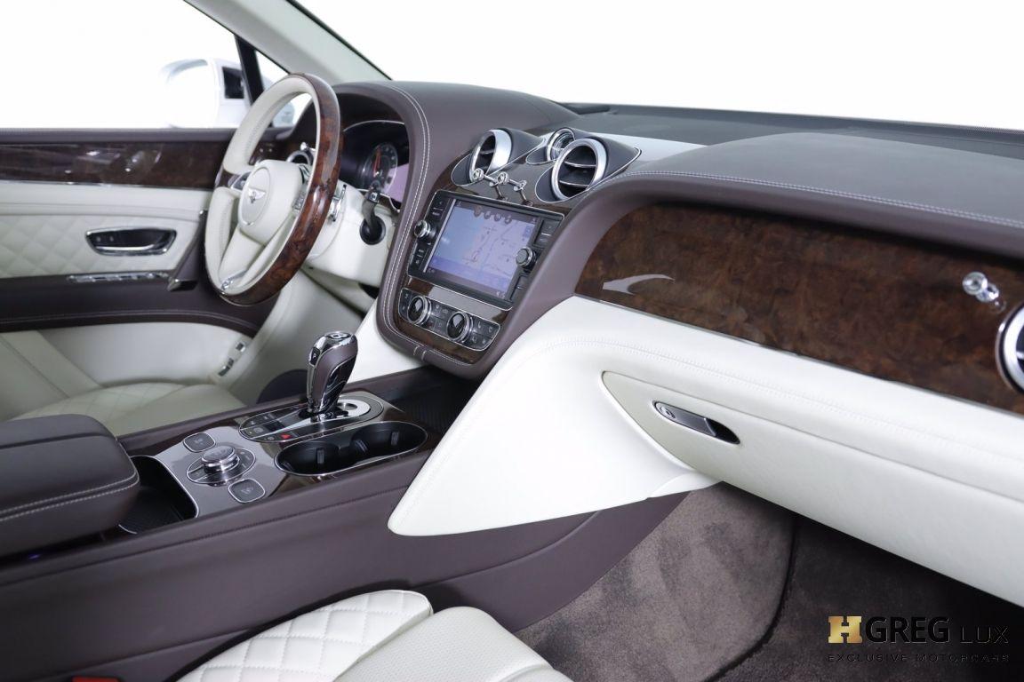 2020 Bentley Bentayga Hybrid #57