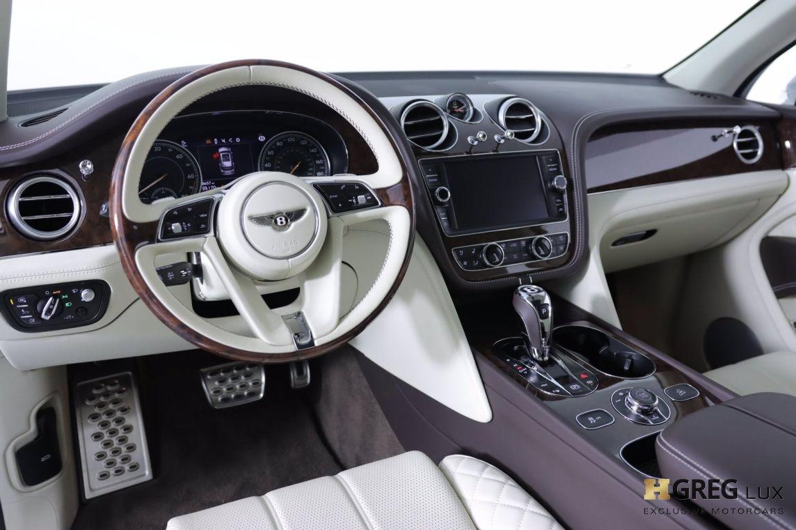 2020 Bentley Bentayga Hybrid #1