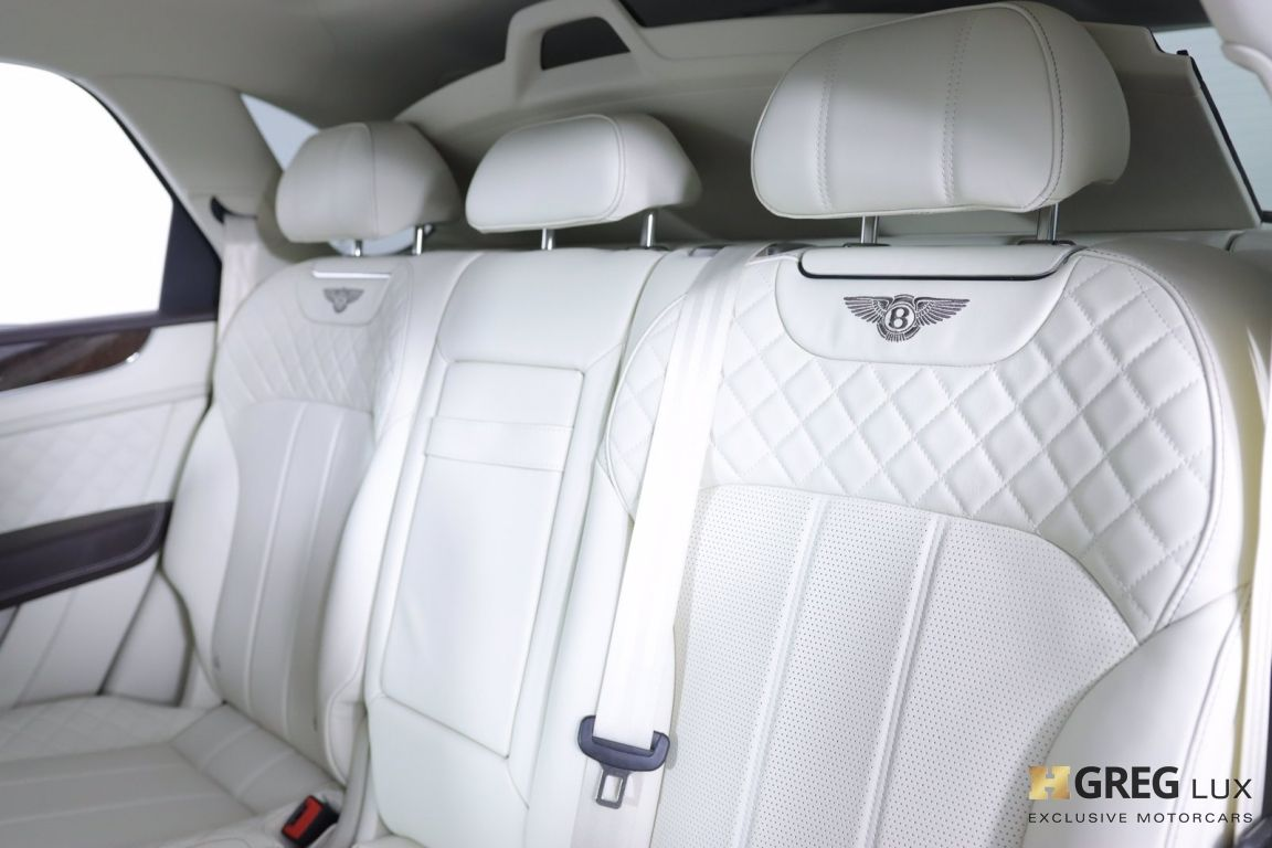 2020 Bentley Bentayga Hybrid #30