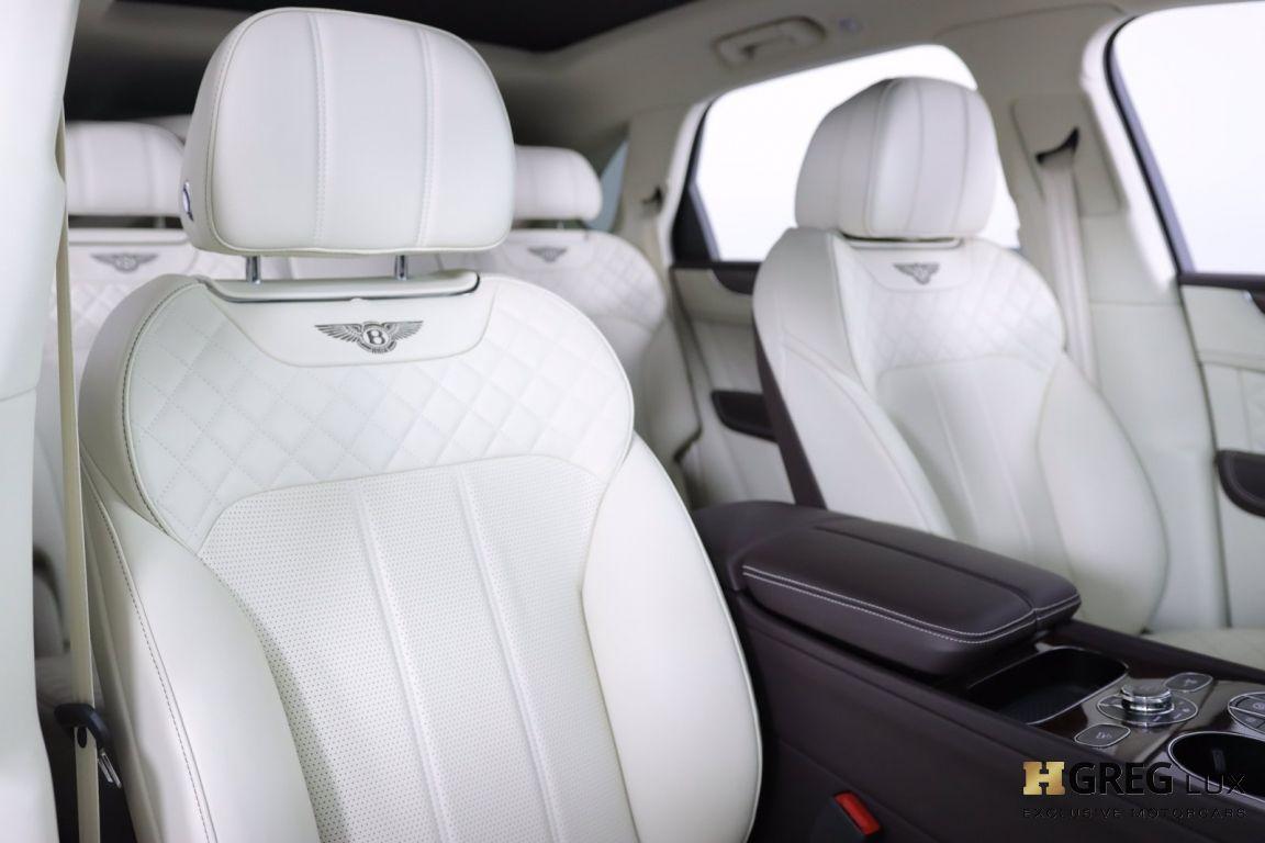 2020 Bentley Bentayga Hybrid #32