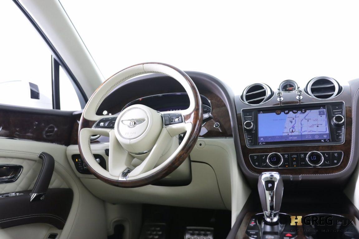 2020 Bentley Bentayga Hybrid #52