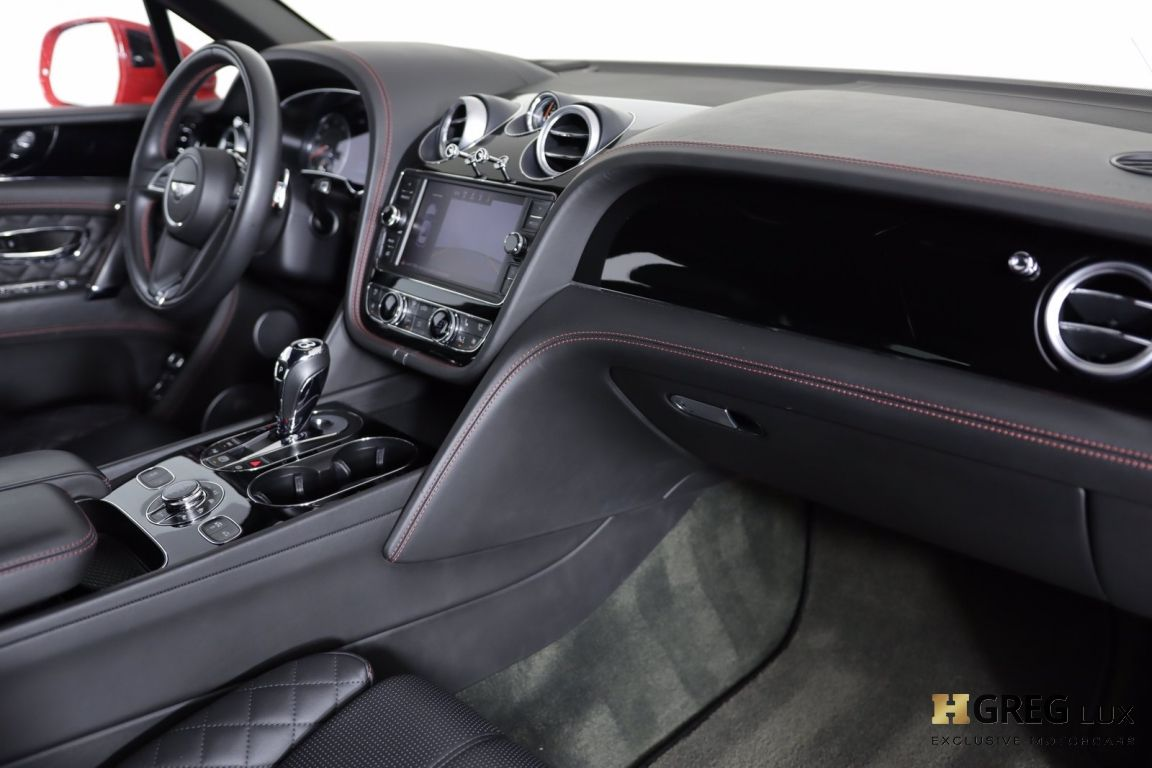 2017 Bentley Bentayga W12 #28