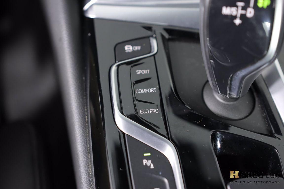 2018 BMW 5 Series 540i xDrive #46
