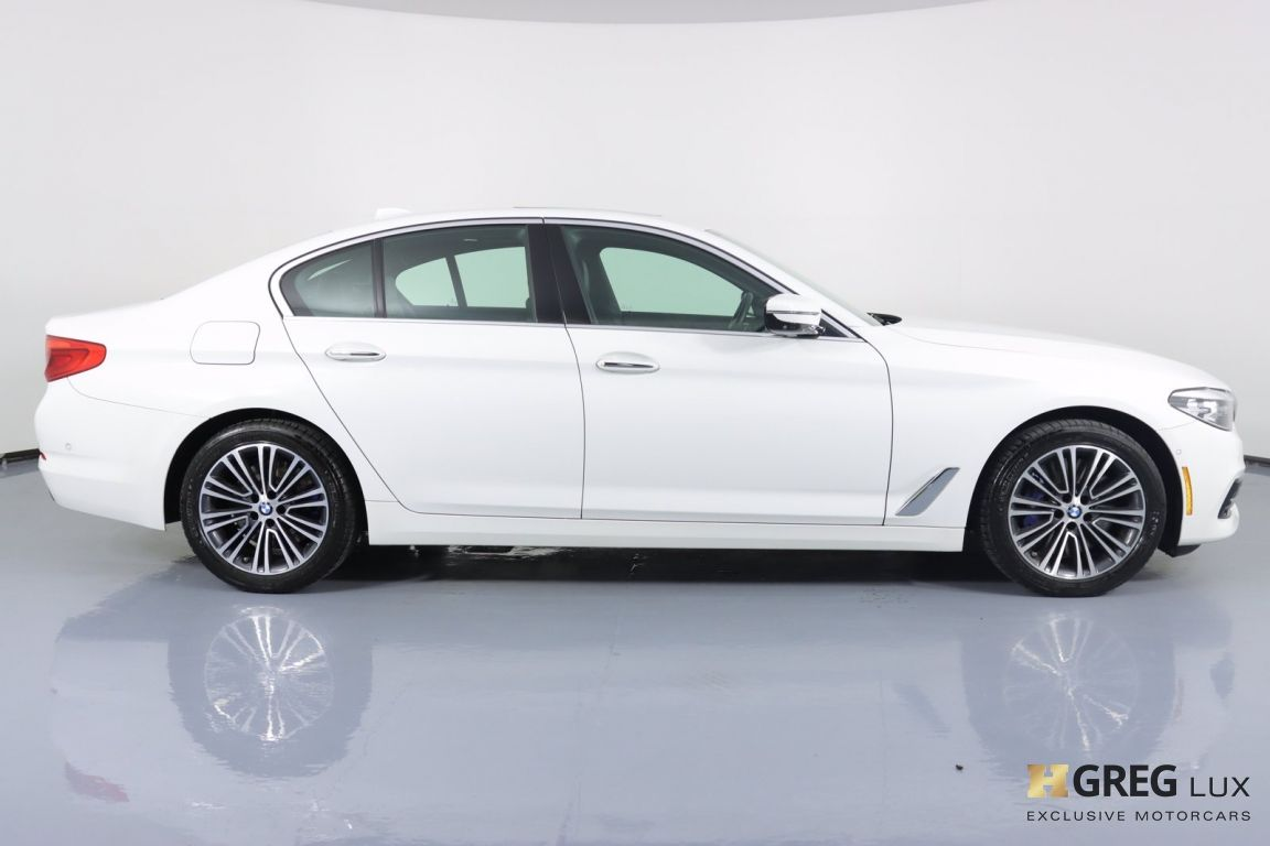 2018 BMW 5 Series 540i xDrive #10
