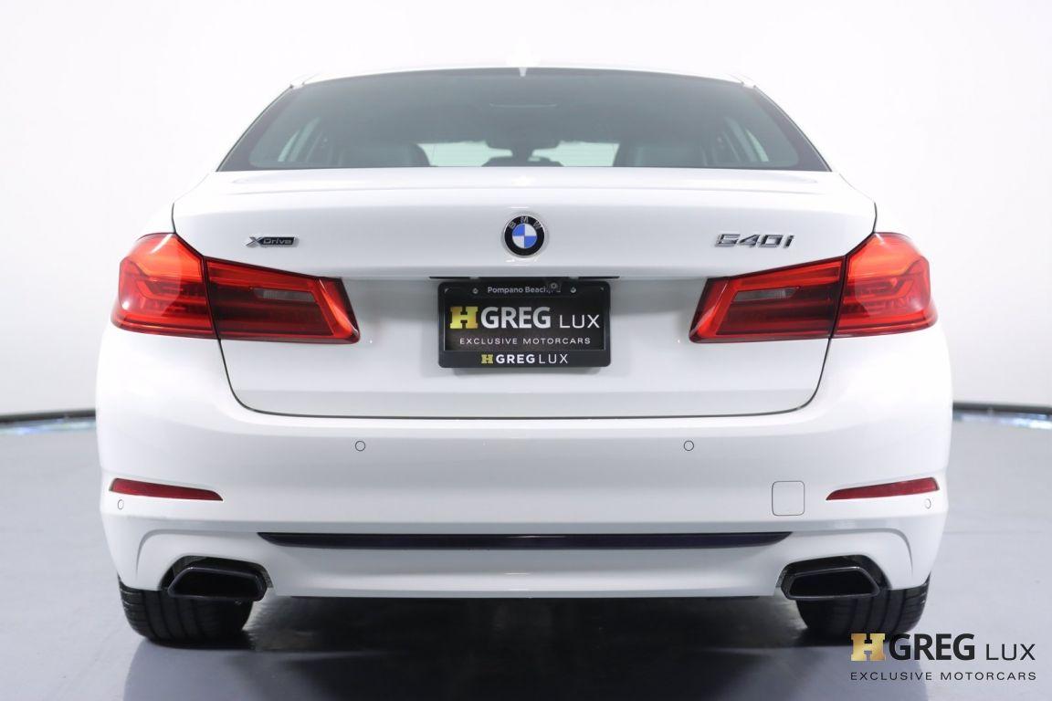 2018 BMW 5 Series 540i xDrive #16