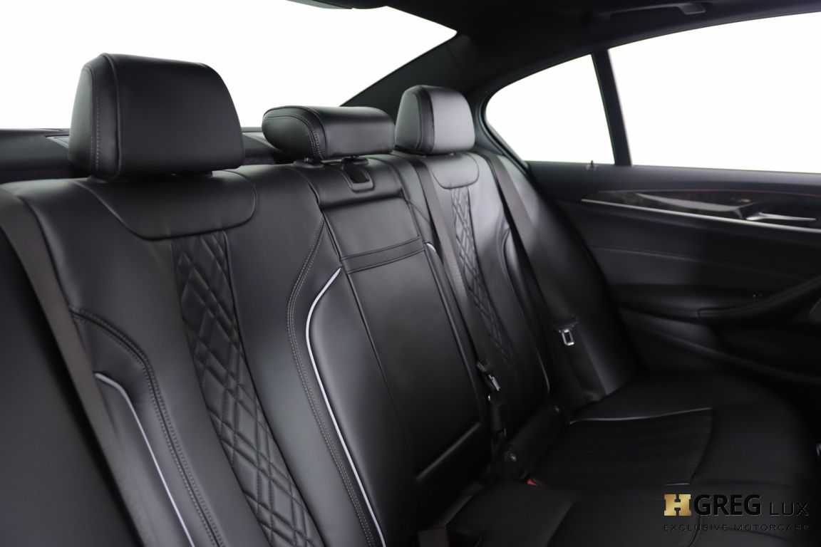 2018 BMW 5 Series 540i xDrive #35