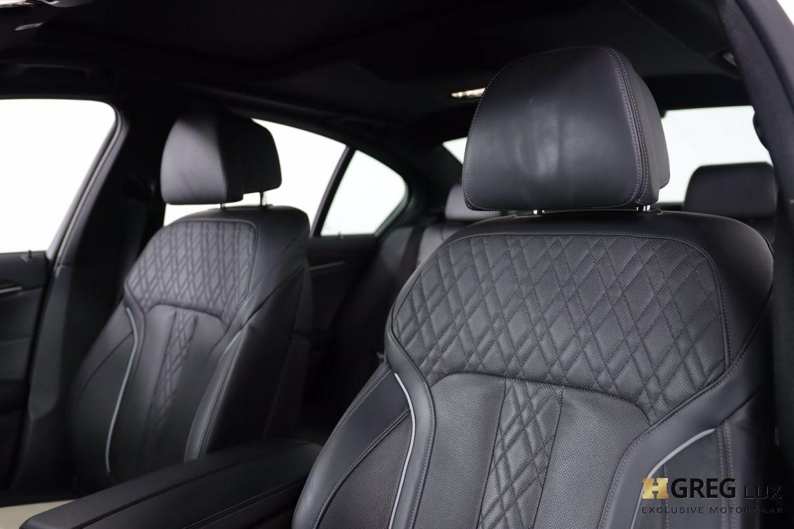 2018 BMW 5 Series 540i xDrive #2