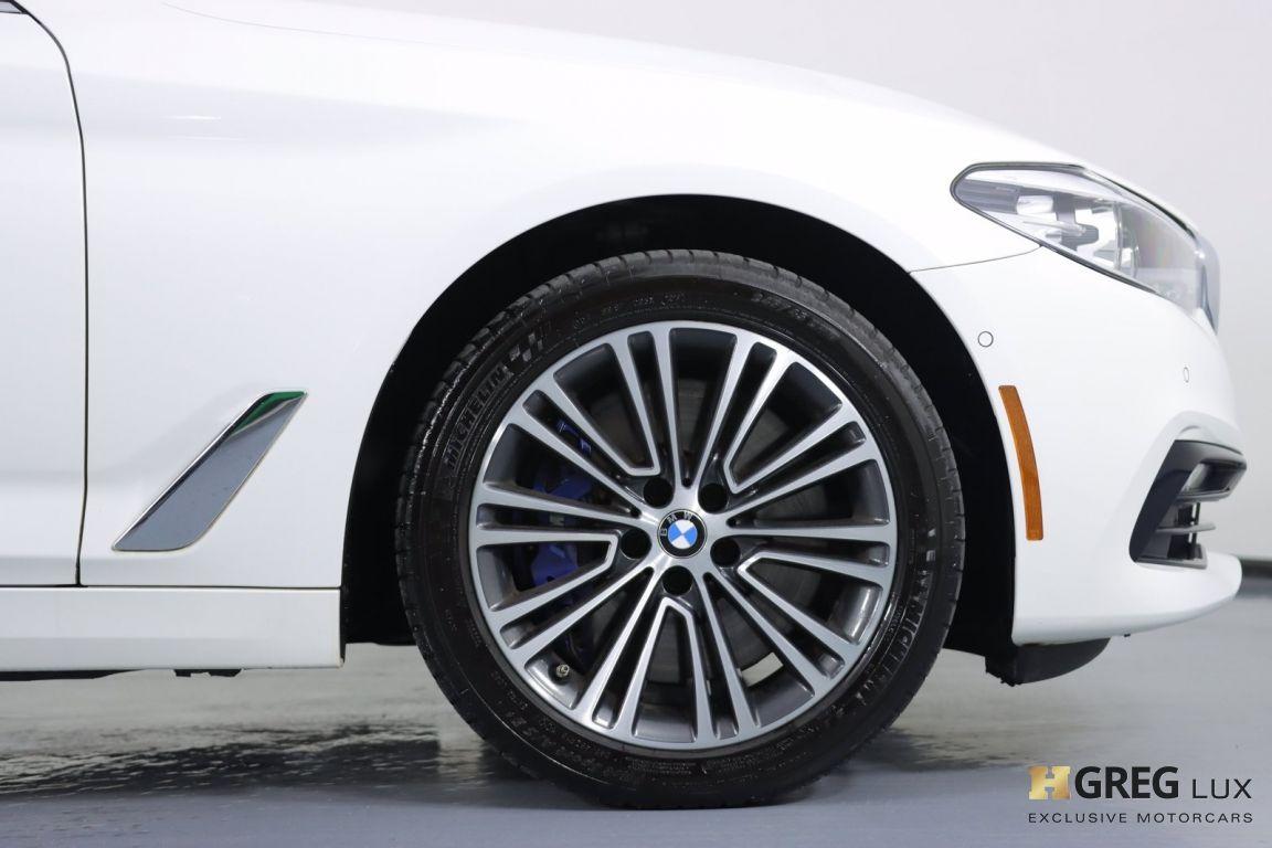 2018 BMW 5 Series 540i xDrive #11