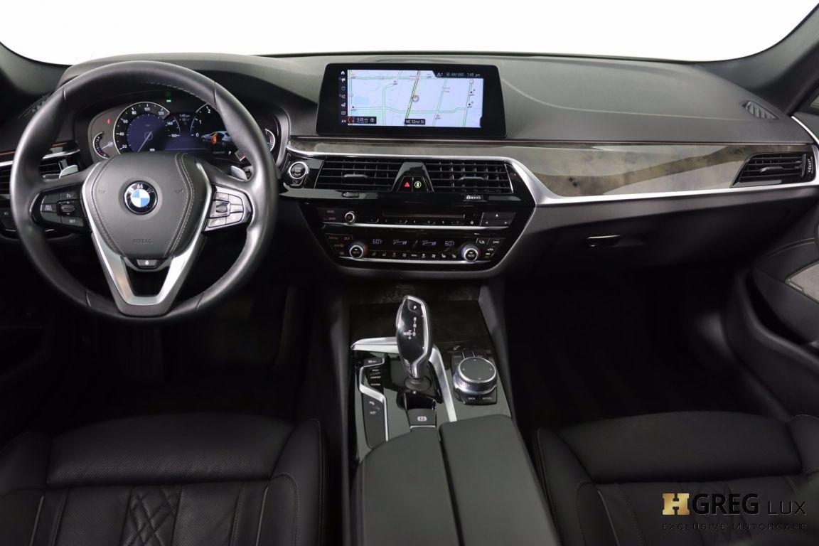2018 BMW 5 Series 540i xDrive #54