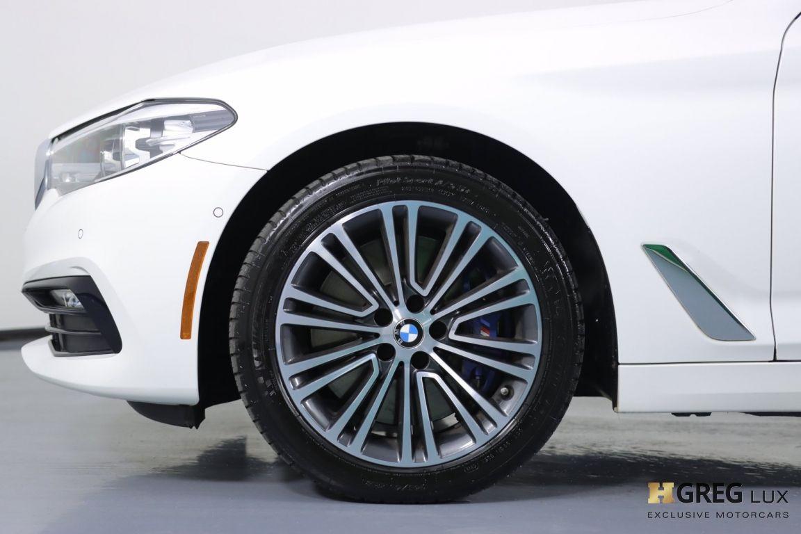 2018 BMW 5 Series 540i xDrive #23
